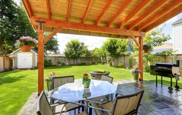 דק, מחסן, מרפסת – מה אפשר לבנות בבית ללא היתר בניה?